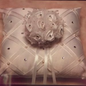 כרית לטבעות חתונה | כרית מפוארת מרובעת