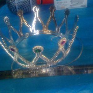 כתר מלכה מפואר | כתר מלכה לפורים