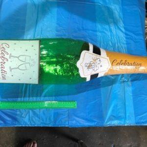 בקבוק שמפניה מתנפח ענק | מתנפחים לבריכה